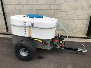 固定式ミルクカート / フォークリフト牽引 / クワッド牽引 / ミキサー付き