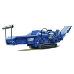 triturador de galhos motorizado / com motor de combustão / de esteiras