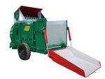 triturador-soprador de palha de arrasto / para fardos quadrados / para ração